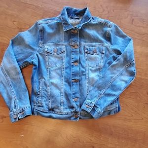 Gap Maternity Jean Jacket size L